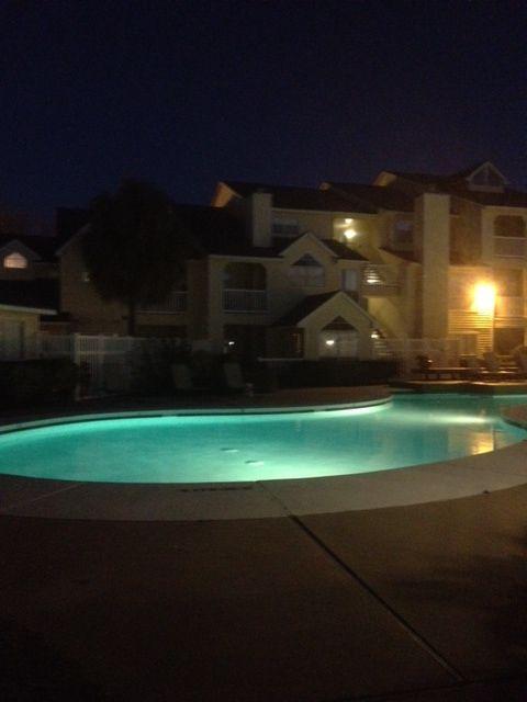 The Broadwater has fantastic Pool views