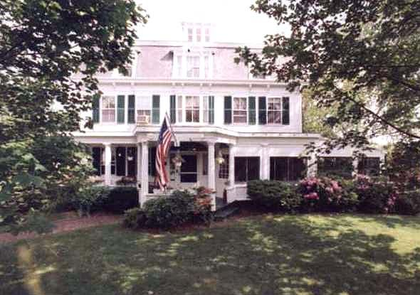 17 best images about places to stay in yarmouth ma cape for Colonial cape