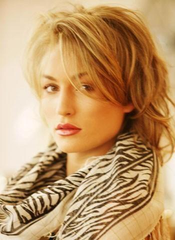Hairworld.se frisyrbild 2014 - Frisyrbilder - Kvinnor mellan långt hår frisyrbild nummer 656