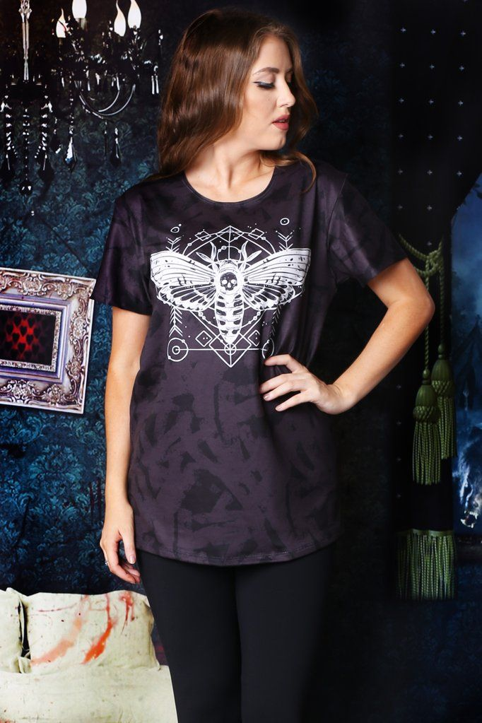 Living Dead Clothing Hawkmoth Tee L $44
