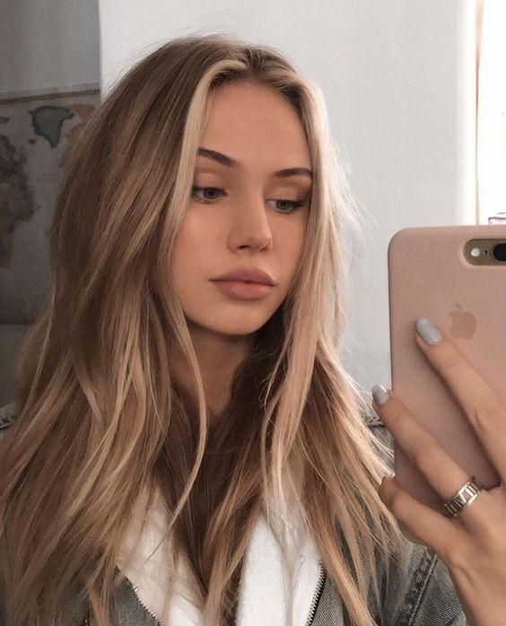 50 ideas de moda para el cabello castaño con reflejos rubios