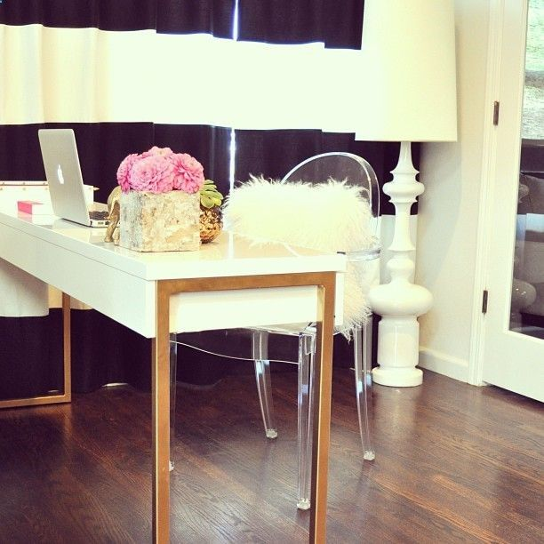 1000 ideas about white lacquer desk on pinterest gold desk home office and white office. Black Bedroom Furniture Sets. Home Design Ideas