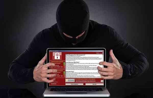 Работники ФБР задержали в Лас-Вегасе британского программиста Маркуса Хатчинса, который остановил распространение вируса-вымогателя WannaCry. Об этом передает Sky News.По данным телеканала, программист был задержан после конференции по кибербезопасности с участием