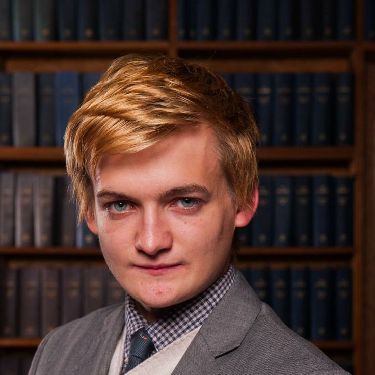 "Jack Gleeson, qui incarne le roi Joffrey dans ""Game of Thrones"", était l'invité d'honneur de l'Oxford Union à Oxford, le 27 novembre 2013."
