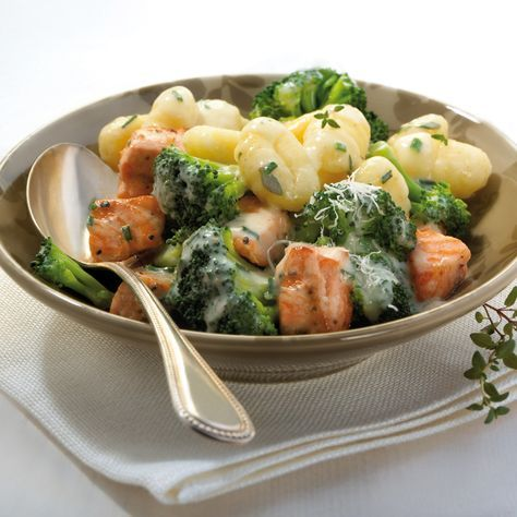 Gnocchi mit Kräuter-Lachs-Sauce | Weight Watchers