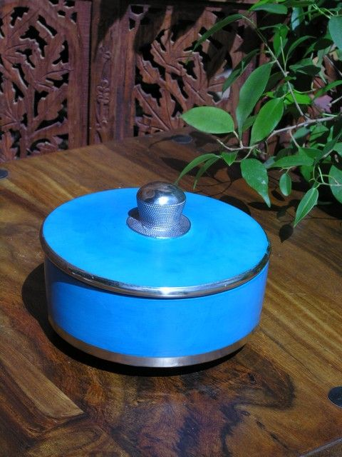 Moroccan Tadelakt flat pot in turquoise. http://www.maroque.co.uk/showitem.aspx?id=ENT05874&p=00738&n=all