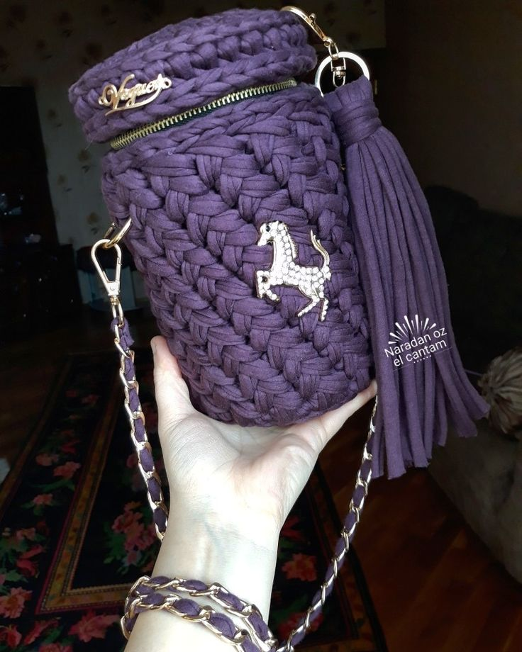 Silindr crochet bags from @naradan_ozel_cantam
