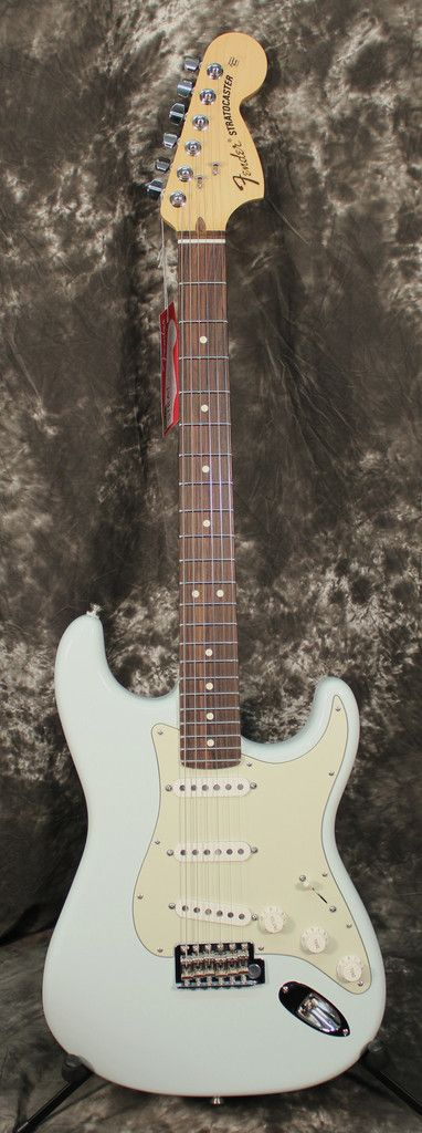 2015 Fender American Special Stratocaster Electric Guitar Rosewood Fingerboard Sonic Blue w/Gigbag