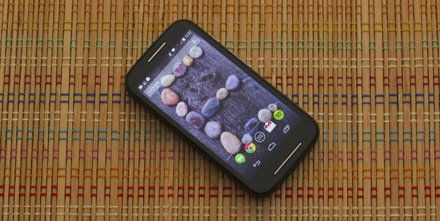 Review: Motorola's $129 Moto E is good and cheap (but mostly good). Aiming at the very low end of the smartphone market (for those who still want to switch to a first time smartphone) Motorola puts out the perfect phone for them, the Moto E, priced even under the Moto G.