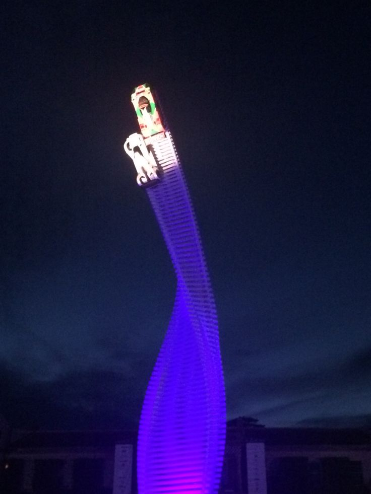 The central display on the roundabout outside Goodwood House. Absolutely stunning. This photo doesn't do it justice.