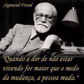 Sigismund Schlomo Freud, mais conhecido como Sigmund Freud, foi um médico neurologista criador da psicanálise. Freud nasceu em uma família judaica, em Freiberg in Mähren, na época pertencente ao Império Austríaco. Wikipédia