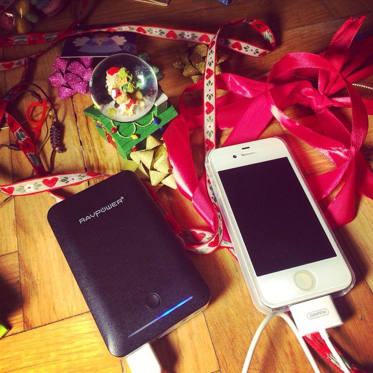 #reyesmagos my new #gift charger #charge your #phone #everywere by #simbiosc #simbiosctv @ravpower #powerbank last call #navidad #nosvemosenlastiendas