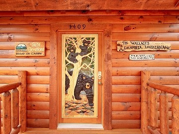 Custom Carved Bear Door Pigeon Forge Tennessee Pigeon