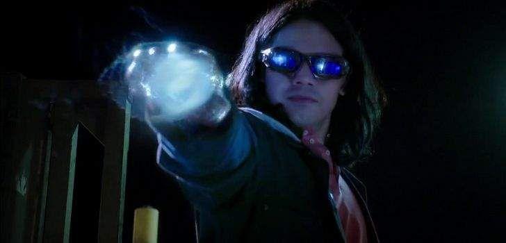 A série The Flash chega ao final de sua segunda temporada nessa semana no canal CW, e promete ser algo incrível. Depois de uma temporada inteira de realidades alternativas, cópias, reviravoltas na trama, e vilões simplesmente cruéis, tudo chega ao fim essa semana. O que significa que já podemos pensar na próxima temporada. Quando Jesse …