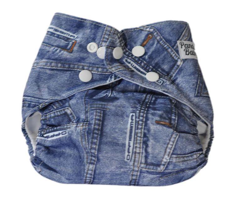 Wasbare zwemluier met drukknoopjes in de stoere jeans stof, niet alleen super leuk en handig maar ook veel voordeliger. #babyshower #geboorte #kraamcadeau #babyzwemmen #milieuvriendelijk