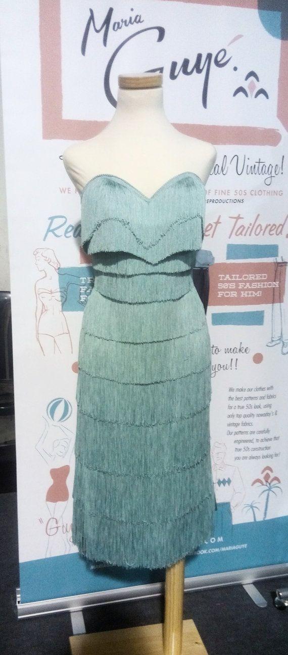 Love Love LOVE!!! 50s Atomic Bust calf-lenght Mermaid Fringe Dress, custom made in sizes or to measure. op Etsy, 240,00€