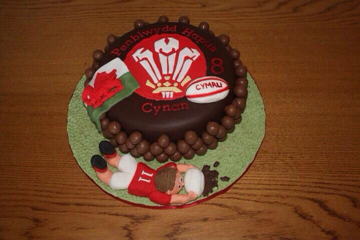 Wales rugby cake