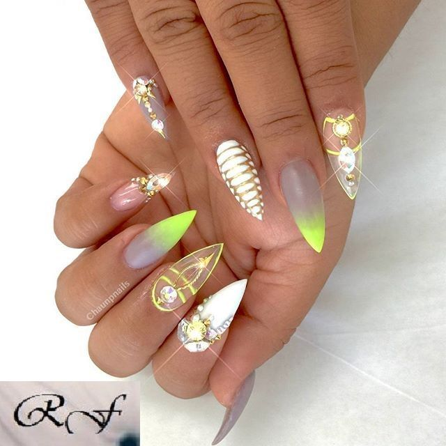 """""""Snakeskin is my new obsession, Im all about textures, pops of neons and  duh GOLD! New Freestyle Claws for - 37 Best Nails Art Images On Pinterest Nail Arts, Nail Art Tips And"""