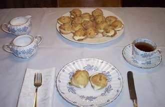 "1838 Boston Cream Cakes Catharine Beecher's Take on a ""Boston Cream"" Dessert That Predates Boston Cream Pie - See more at: http://www.stavelyandfitzgerald.com/blog.htm#sthash.WunU7fZd.dpuf"