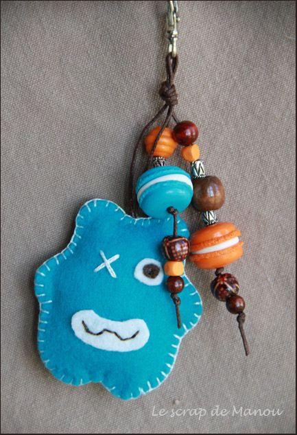 Porte cl s grigri doudou monstre feutrine perles couture - Fabriquer un porte clef ...