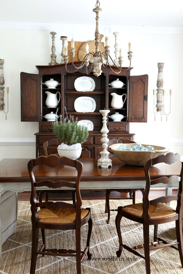 Summer Dining Room Cozy, Southern Style Furniture