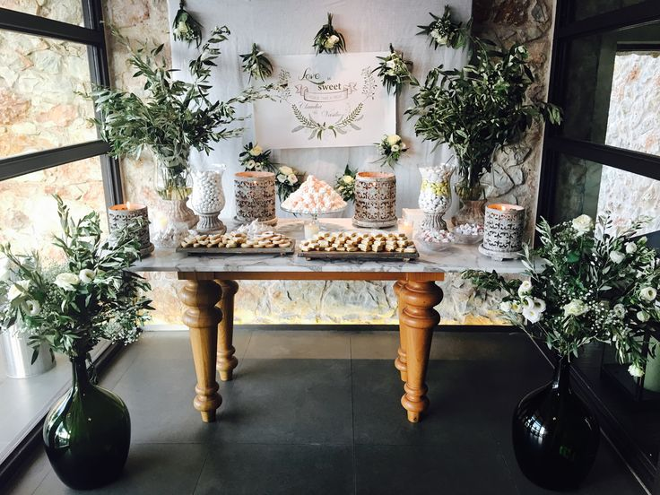 Lovely candy bar for our destination wedding! #sensyleevents #sensyle #destinationwedding #greece #candybar #welcometable #decor