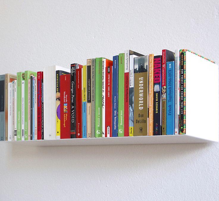 книги на полке пнг часто