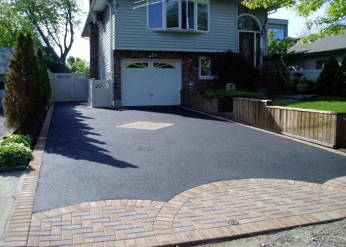 Asphalt Driveway Contractors in Yonkers for most different types of constructions. Visit for complete detail at: http://www.yonkersgeneralroofingcontractors.com/asphalt-driveway.html  #Asphalt #driveway #contractor #Yonkers #AsphaltDriveway