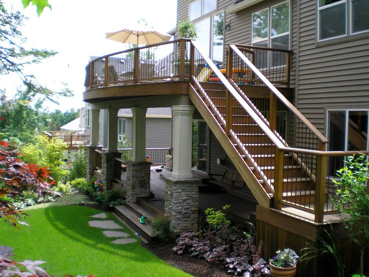 Best 25 second story deck ideas on pinterest 2 story for Two story deck design pictures