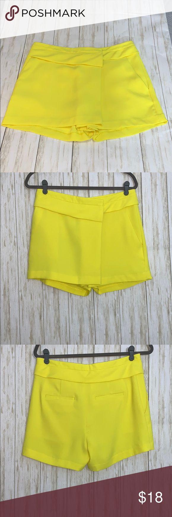 Sz4 Banana Republic Factory Bright Yellow Shorts in 2020