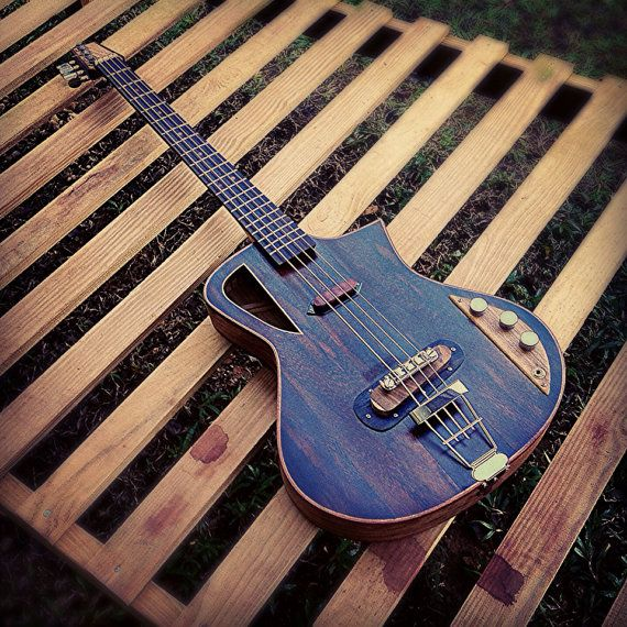 Raulo Luthier 100% hand made acoustic electric hollow bass fanned fret (opt)