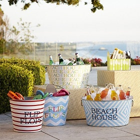 Summer Party Tubs. love this. I will be painting my tubs - way cute idea!: At The Beaches, Parties Tubs, Decorationsparti Ideas, Lakes Houses, Summer Parties, Parties Ideas, Pools Parties, Beaches Houses, Home Parties