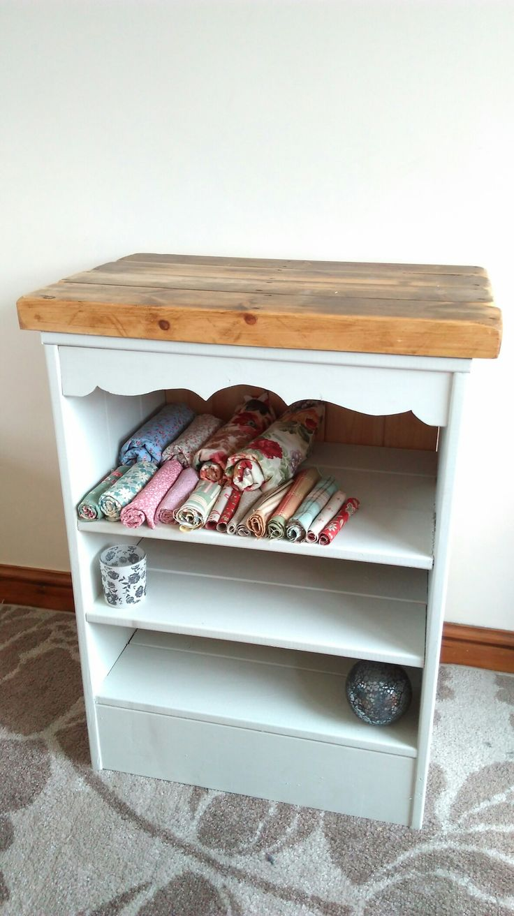 I made this last week from reclaimed pine boards the top is made from a 1800s old farm building flooring that i removed... Im happy with the result  Check me out on facebook  At       hand made in norfolk.  Delivery any where in the uk at low prices ..