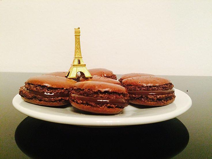 Macarons au Chocolat, ein sehr schönes Rezept aus der Kategorie Kekse & Plätzchen. Bewertungen: 105. Durchschnitt: Ø 4,2.