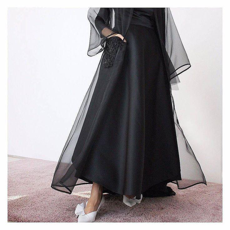 Repost @hessafalasi with @instatoolsapp #hessafalasi #weddingabayas #subhanabayas #fashionblog #lifestyleblog #beautyblog #dubaiblogger #blogger #fashion #shoot #fashiondesigner #mydubai #dubaifashion #dubaidesigner #dresses #capes #uae #dubai #ksa #kuwait #bahrain #oman #instafashion #dxb #abaya #abayas #abayablogger #абая