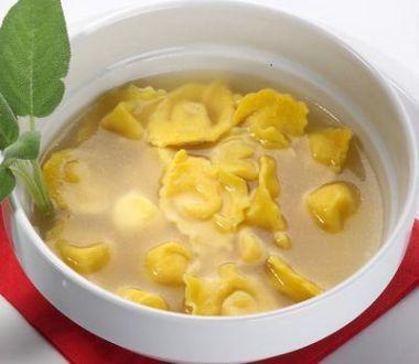 Agnolotti a base di parmiggiano e uova come li fanno a Parma.... SPETTACOLARI!