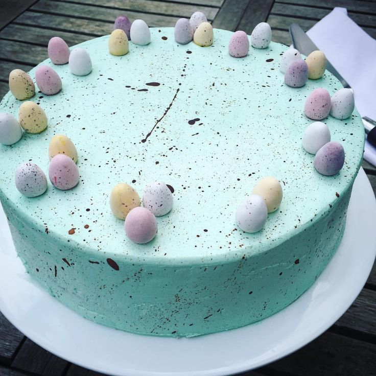 Easter isn't far away... and the Brett & Bailey speckled chocolate and caramel cake is already here. Order yours at http://shop.brettandbailey.co.uk/products/speckled-egg-cake  #cake #partycake #speckledeggcake #easter #crystalpalace #southlondon #london #cakes #bakery #baking #easterbaking #chocolatecake #speckles #easteregg #minieggs