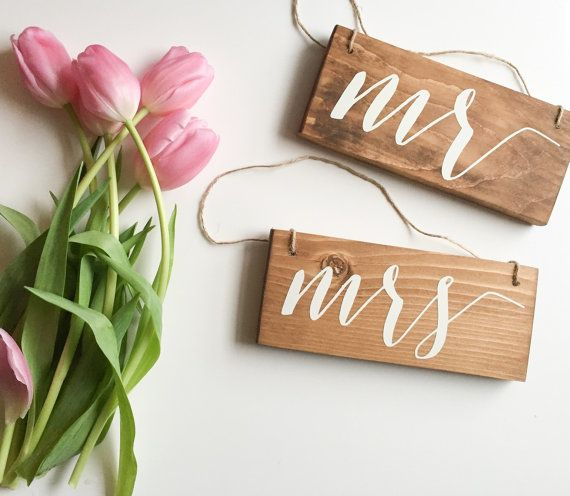 Mr & Mrs - Hanging Chair Signs | Wedding Chair Signs | Mr and Mrs Signs | Small…
