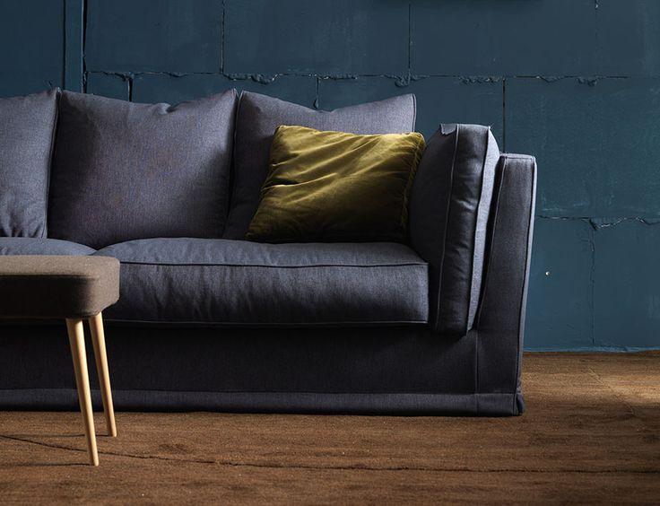 17 migliori idee su salotti blu su pinterest cuscini blu for I migliori divani 2016