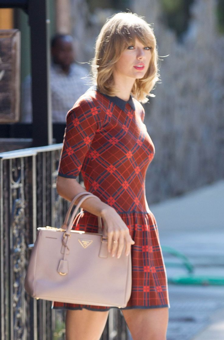 81 best taylor swift images on pinterest taylor swift for Taylor swift coffee shop