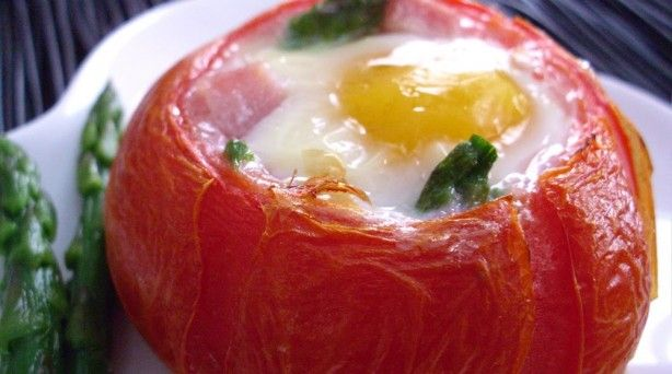 Baked Eggs, Ham & Asparagus in Tomato Cups: Breakfast Eggs, Tomatocup, Baked Eggs, Tomatoes Cups, Food, Recipes, Baking Eggs, Cups Eggs, Hams Asparagus