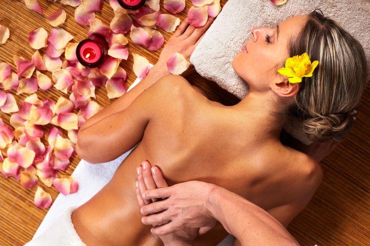 http://www.corespirit.com/benefits-traditional-hawaiian-lomi-lomi-massage Benefits of Traditional Hawaiian Lomi Lomi Massage