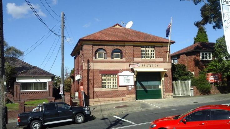 Gladesville Fire Station, Gladesville is a suburb of Sydney, NSW (Photo taken ca. 2015) v@e