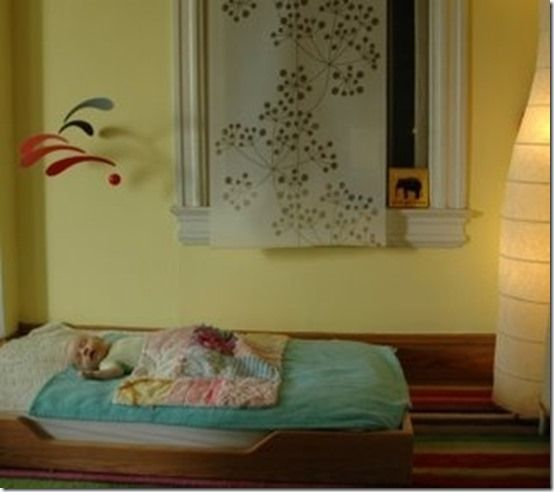1000 id es sur le th me montessori toddler bedroom sur pinterest chambre montessori salle. Black Bedroom Furniture Sets. Home Design Ideas