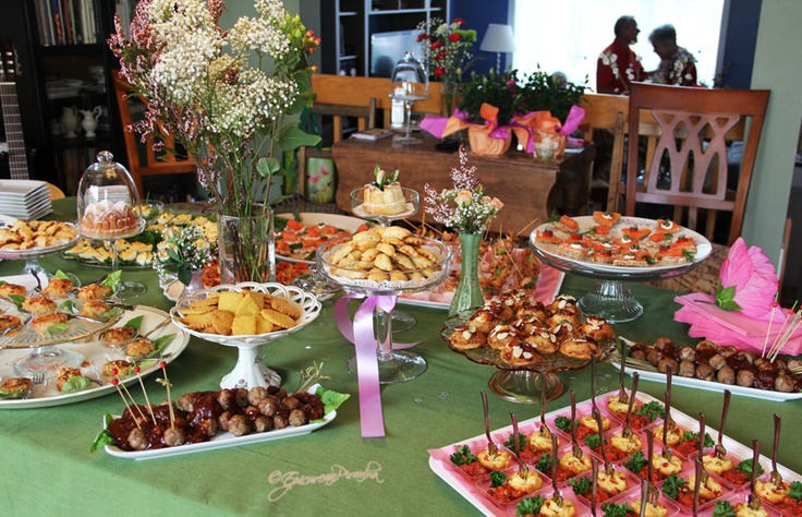 A blog article about the Surprise 80th Birthday #Cocktail #Party I organised for my Mom.