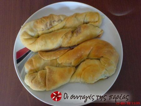Στριφτή κολοκυθοτυρόπιτα #sintagespareas zuccini and cheese twisted pastries.