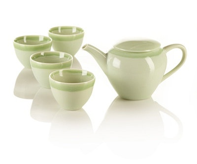 Ovo Teapot Set from Teavana. Light green and pretty.