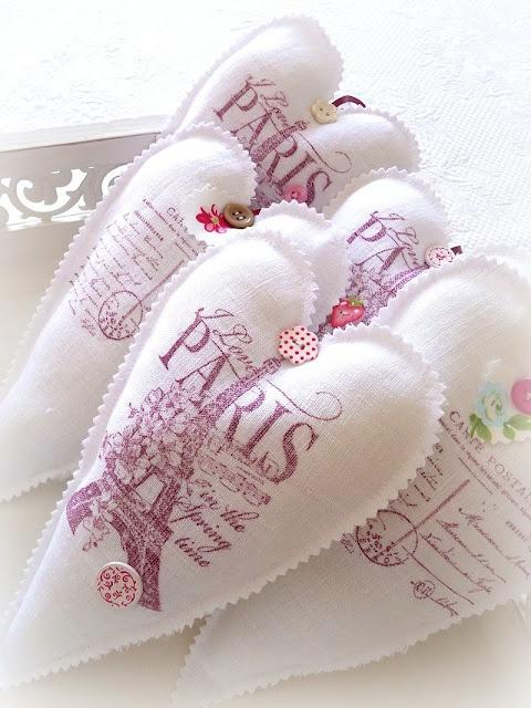 Coeurs de main de lin Paris Linen hearts