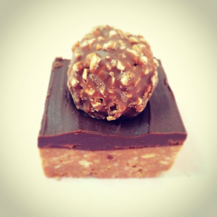 Ferrero Rocher Chocolate Hazelnut Slice