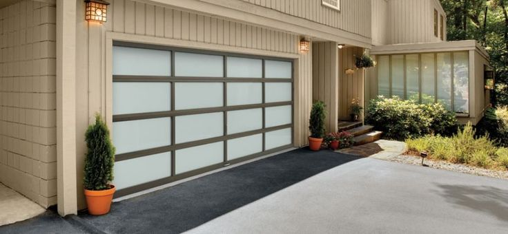 Awesome Automatic Garage Doors Check more at http://www.wearefound.com/awesome-automatic-garage-doors/